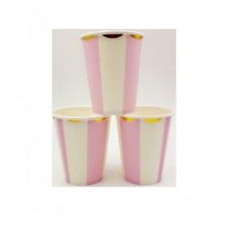 Kubeczki papierowe w różowe paski