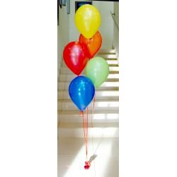 Pęk kolorowych balonów z helem